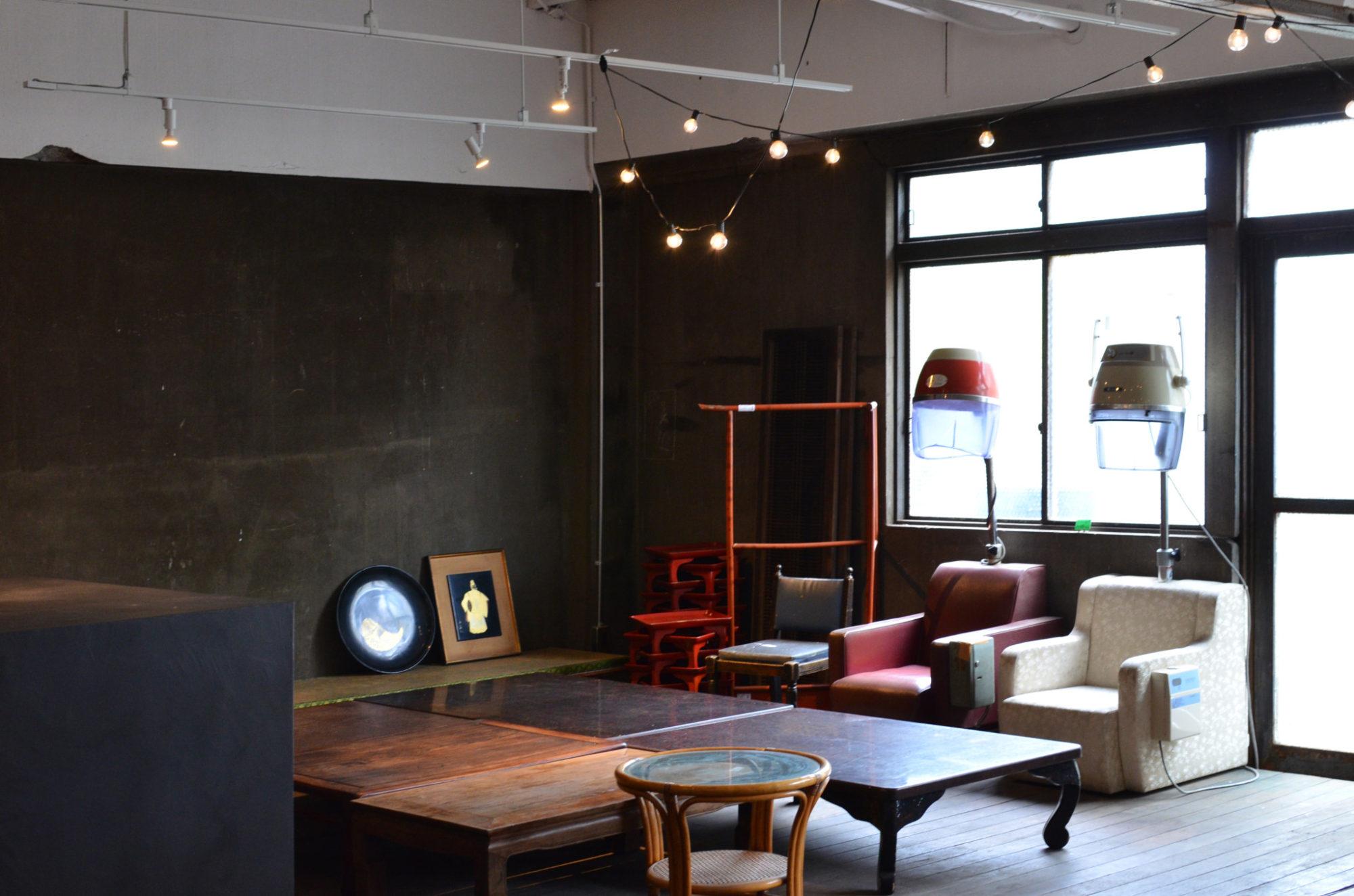 白山倉庫 Hakusa Soko co-working office event space up cycle salon designed by mosaic design inc. Jamza